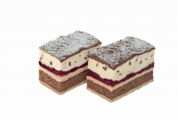 Stracciatella-Kirsch-Sahnedessert Premium Line