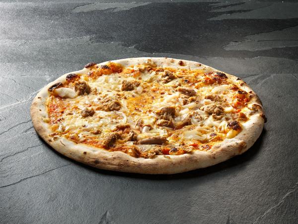 Original Italienische Steinofenpizza Thunfisch