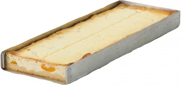 Quark-Mandarinen-Blechkuchen geschnitten