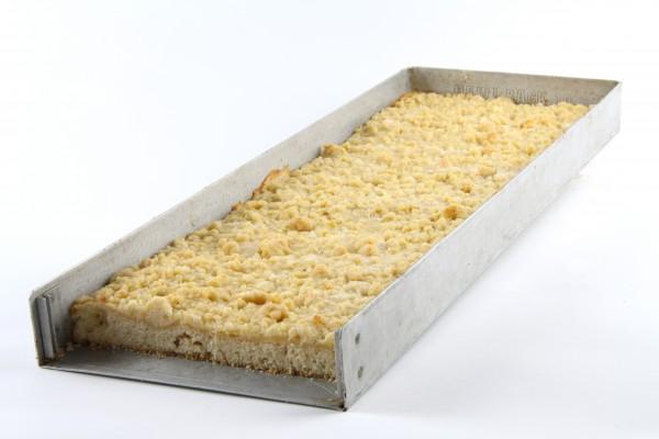Streusel-Blechkuchen geschnitten