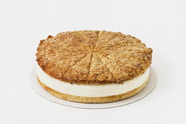 Mandel-Bienenstich-Torte
