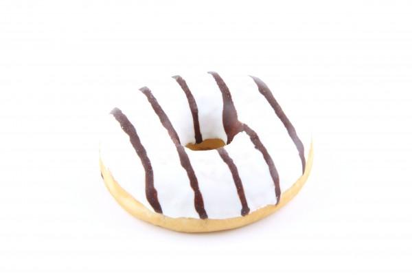 Donut mit Vanillecremefüllung