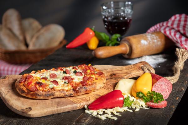 Di Padrone Pizza Panino Salami