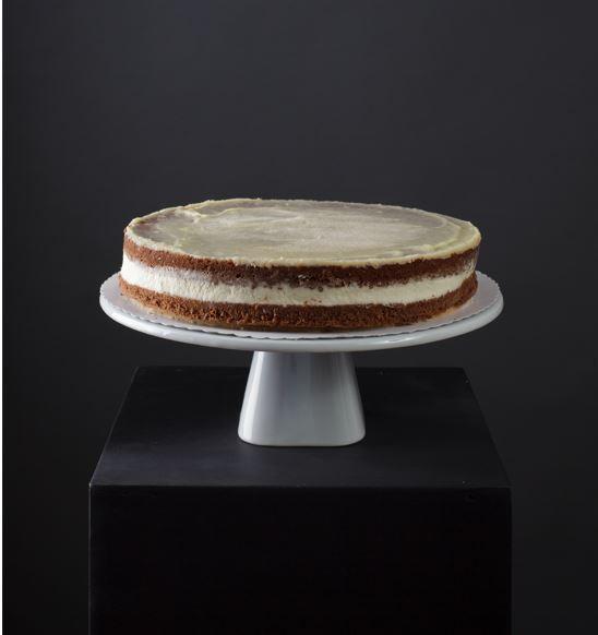 Tortenboden dunkel, gefüllt mit Vanille-Sahnecreme Premium Line